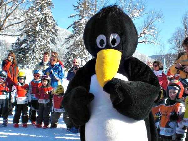 Mascotte Bobo van de skischool in Lermoos.