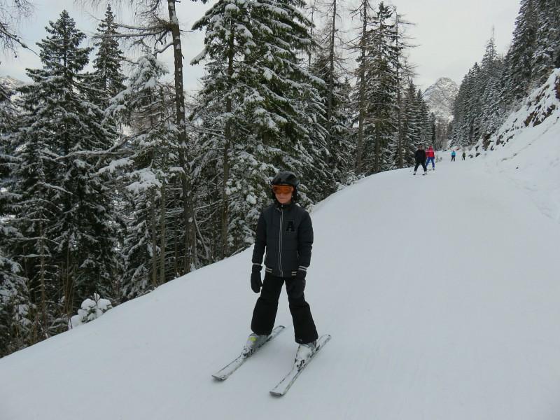 Tycho op de skies in skigebied Grubigstein