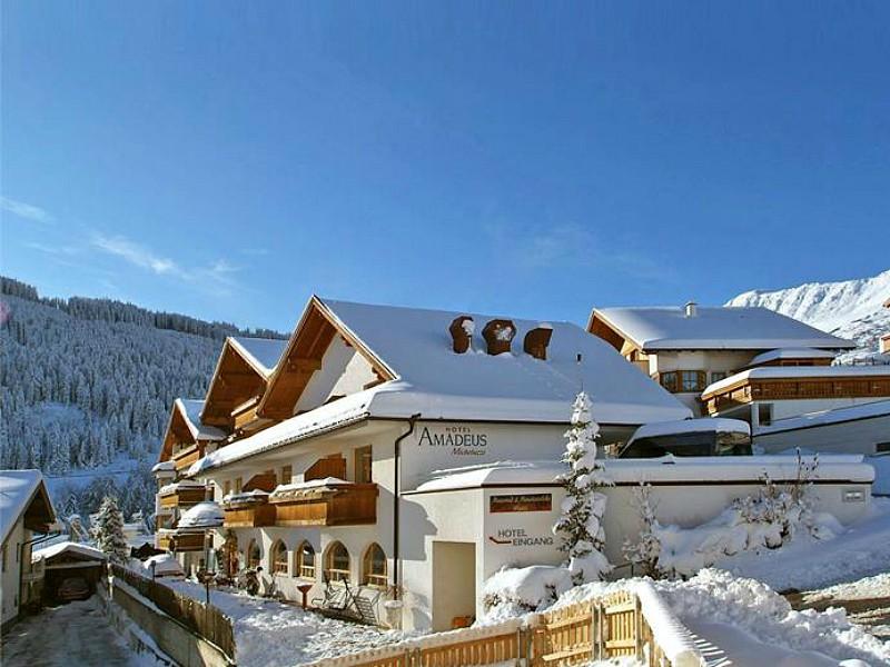 Hotel Amadeus Micheluzzi ligt vlakbij het gezellige centrum