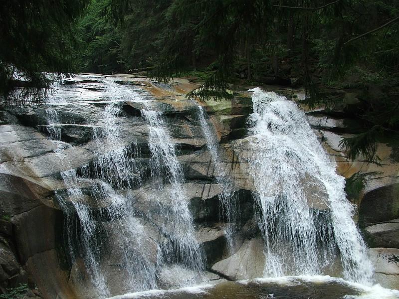 De Mumlava watervallen
