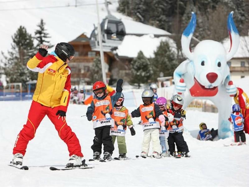 In Oostenrijk zijn veel skileraren die Nederlands spreken